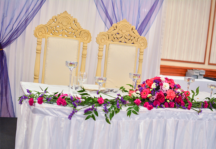 Elegant Head Table Set Up