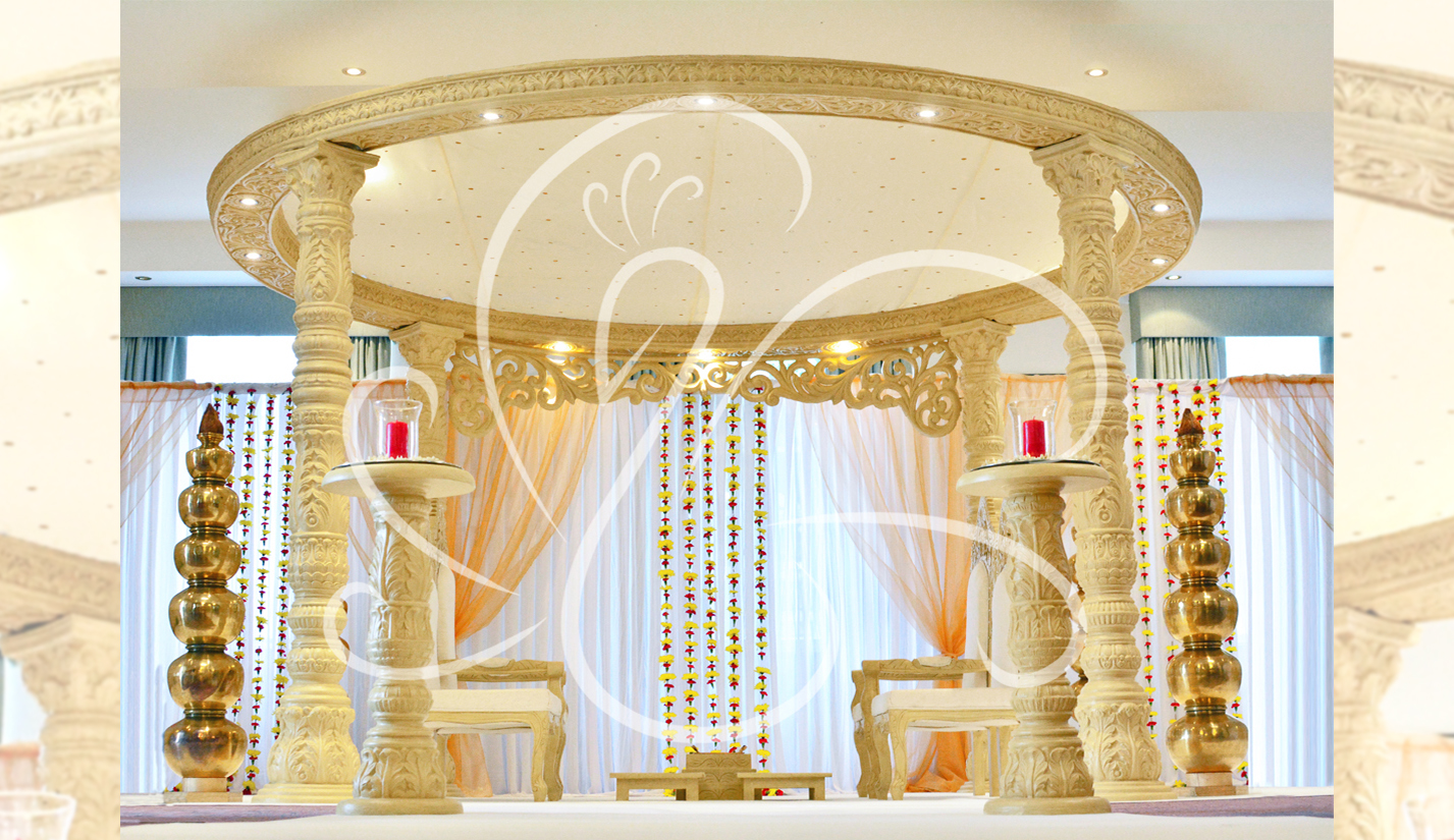 Light-Wooden-Mandap