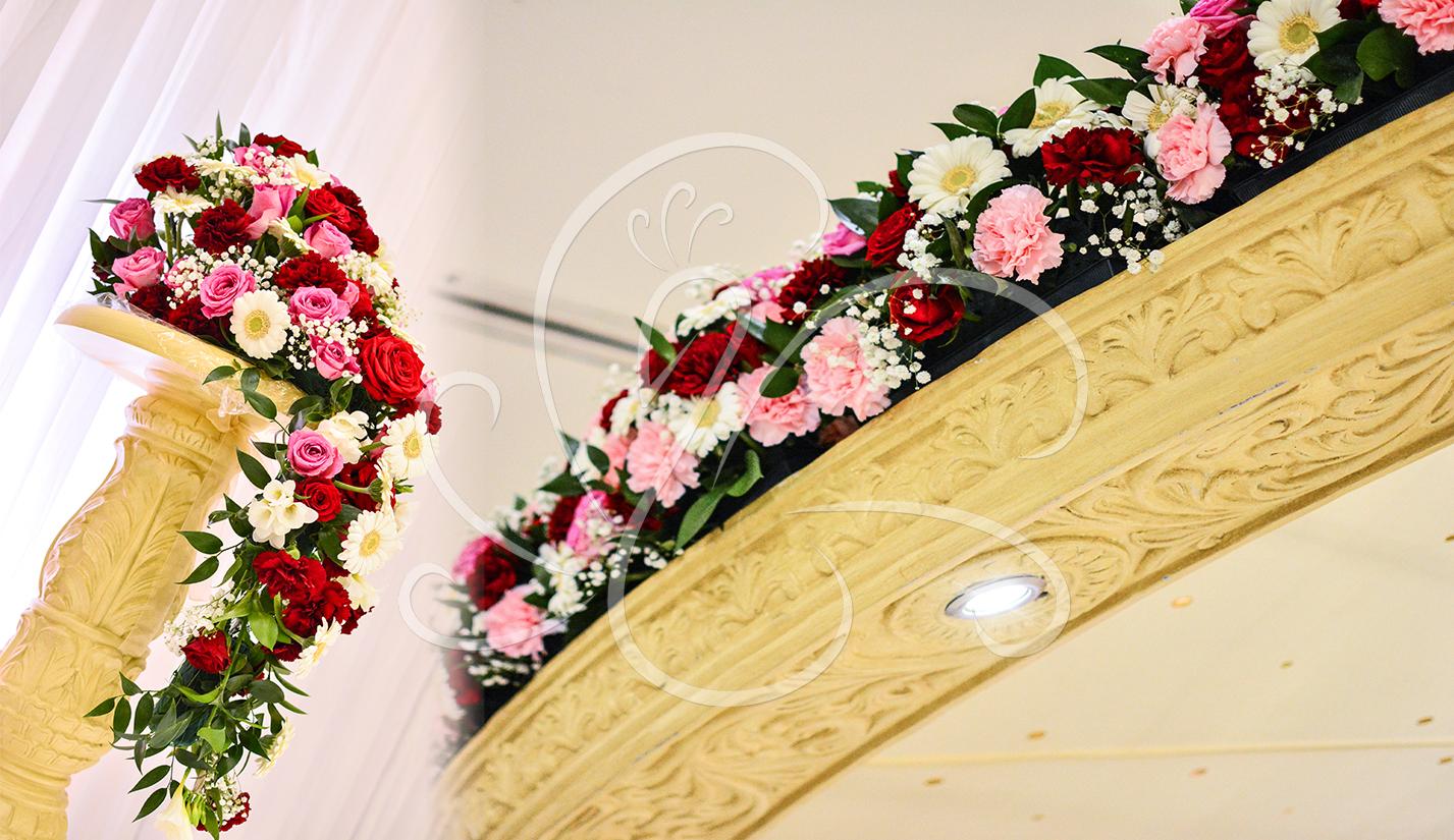Mandap-Fresh-Flower-Decor