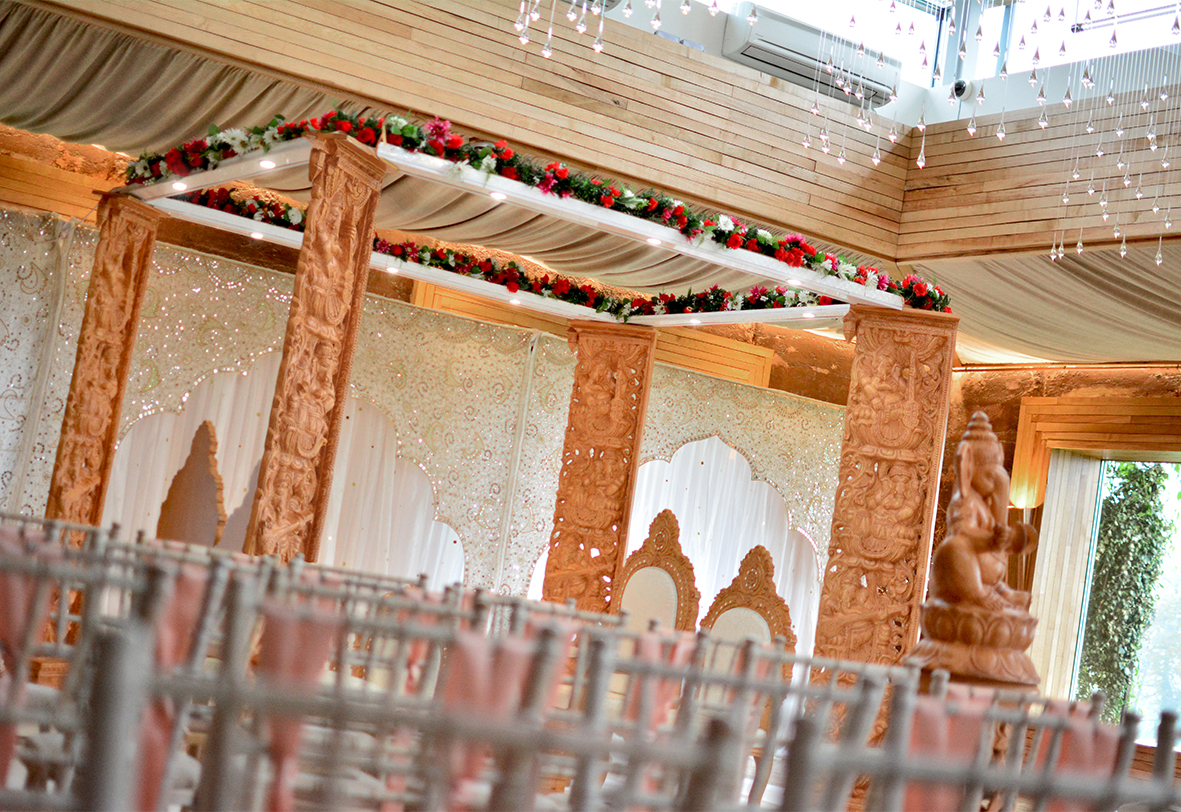 Ganesh Simple Elegant Mandap
