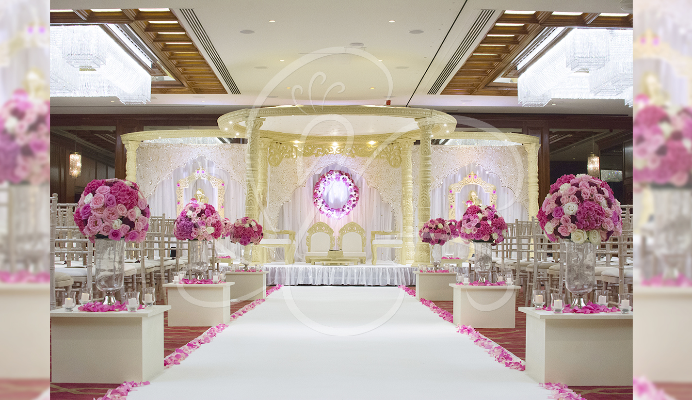 Fresh Flower Aisle Decor Mandap