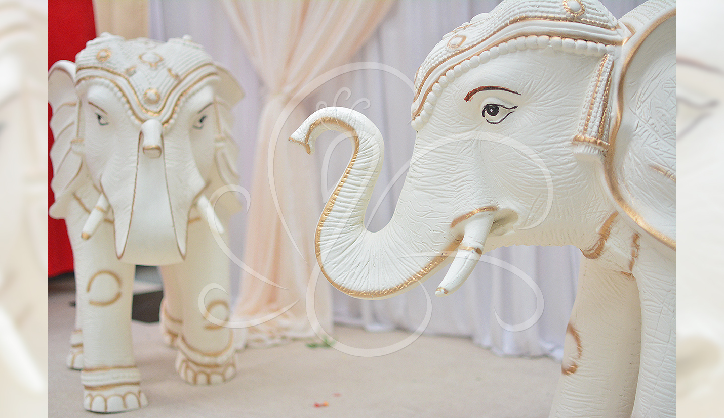 Large elephant statue hire midlands